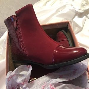 Other - Girls wine color dress boot